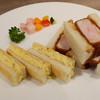 カツザハミルトン - 料理写真:ロースカツサンド、タマゴサンド ハーフ&ハーフ