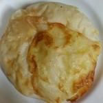 39523770 - 天然酵母・コーンとチーズ