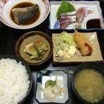 まがたま食堂 - 料理写真:まがたま定食 ¥800