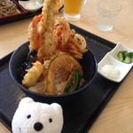 天丼の岩松 - 海鮮天丼 Seafood Tempura Bowl (Sea Eel, Shrimp, Squid & Vegetables at Tendon-no-Iwamatsu, Aeon Kurihama!