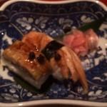 京料理屋 嵐山さくら - 煮穴子、鱧の押し寿司
