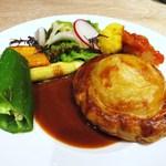 ヤナカ スギウラ - ホタテ貝のムースと海老のパイ包み