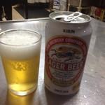 助六 - 缶ビール