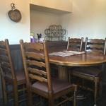 cafe mimosa - テーブル席