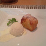 NIGIRO CAFE Stella - 熱々フレンチトーストとバニラ