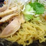 栄記 香辣坊 - バンバンジー冷し中華接写。