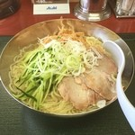 東秀 - 冷麺 大盛り ウー残念