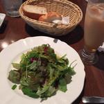 39563586 - パスタランチのサラダとパン