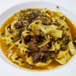 バンディエラ - 仔牛ホホ肉と黒キャベツ煮 タリアテッレ