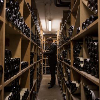 フランス各地のワイナリーから直接仕入れた蔵出しワイン