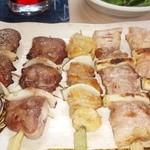 鳥しん - レバー タン 鶏皮 豚精 鳥