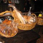 ジャズクラブダフネ - KIBIYAベーカリーのパン売ってます