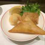 39572981 - えびの天ぷら、大根餅、マンゴーの揚げ春巻