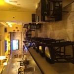 CRAFT BEER HOUSE DEVin家 - 地下に入ってみると明るい雰囲気!
