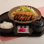 桜宮珈琲 - とんかつ定食