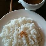 シーサー  - ポークカレー (ランチ   ヨーグルト&ドリンク付き)  ¥950
