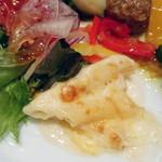 エトワール - グラタンとサラダ