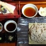 仙台屋 - 福島県桑折町、JR桑折駅から徒歩3分の割烹仙台屋の天ぷらそば1,100円毎月第4水曜日銀そばを食べる会にて。十割そばで美味しい。
