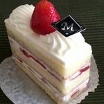 39585895 - ショートケーキ(420円)