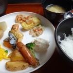 レストラン御倉 - 主人の朝食。