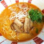 博多麺王 唐津店  - 赤ラーメン:590円