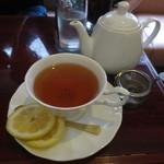 リバージュ - 紅茶はポットサービスです♪