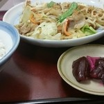 山田うどん - 野菜炒め定食