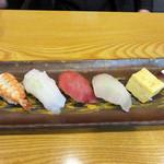 鮨おおしお  - お昼の寿司定食1,280円。
