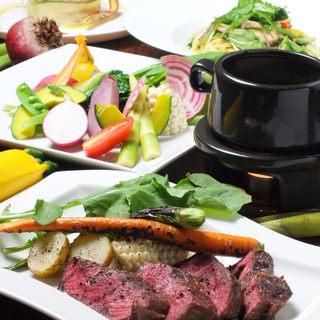 ご宴会やパーティに最適なコース料理をご用意しています。