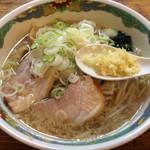 特麺コツ一丁ラーメン - ラーメン 700円 ニンニク