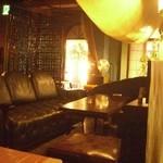 ドッグベリー - ソファー席2