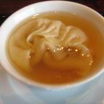 中国料理 カリュウ - フカヒレ餃子入りすましスープ