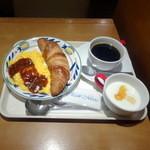 ラ・クチーナカフェ - モーニングAセット(420円)ブレンドコーヒーで
