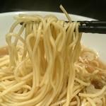 自家製麺 伊藤 - [2回目]比内鶏そば 小(600円)・麺リフト