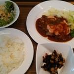 カフェ ダイニング 仲宿 - 若鶏ソテー