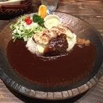 Cafe 婆沙羅 うさぎ堂 - とんチーカレープレート(1080円)+大盛り(216円)
