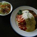 神戸浪漫 ハイカラ亭 - 料理写真:「神戸オムライス」はこの2皿で880円です