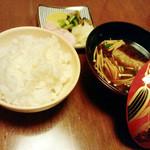 萬常 - 天ぷら定食(1600円税込)の御飯