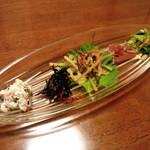 萬常 - 刺身 出し巻き定食(2100円税込)の小鉢