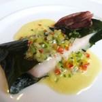 LA TERRE - 稲取産 金目鯛のワカメ〆め   ブールブランソース