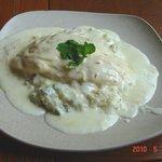 王様のレストラン - 選べるチーズのクリームオムライス¥900