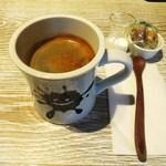 メロウ ブラウン コーヒー - ロングブラック
