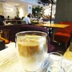 メロウ ブラウン コーヒー - カフェラテ アイス
