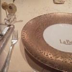ラ・ベ - テーブルセッティング