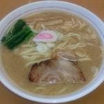 麺屋 中川 - とんこつらーめん  大盛(無料)  油多め  味濃いめ
