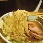 すごい煮干ラーメン凪 新宿ゴールデン街店本館 - 麺アップ(2015.6)