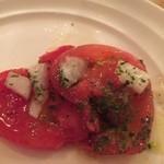 39638656 - トマトのカルパッチョ取分け