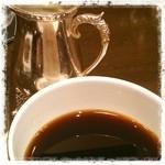 コーヒーバー ブルーマウンテン - ジャマイカなんちゃらブレンド。濃いぃ&いい香り♪