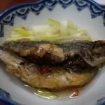 お多幸 - (2015/5月)「魚のマリネ」の盛り付けを私が整えたあと。