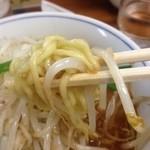 39645457 - 若干太めの麺(2015.7再訪)